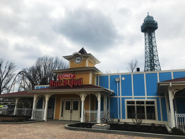 First look: Smoked meats the star of Kings Island's new eats