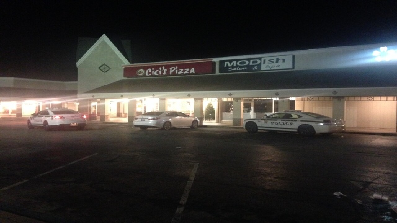Armed robbery at Midtown Cici's Pizza