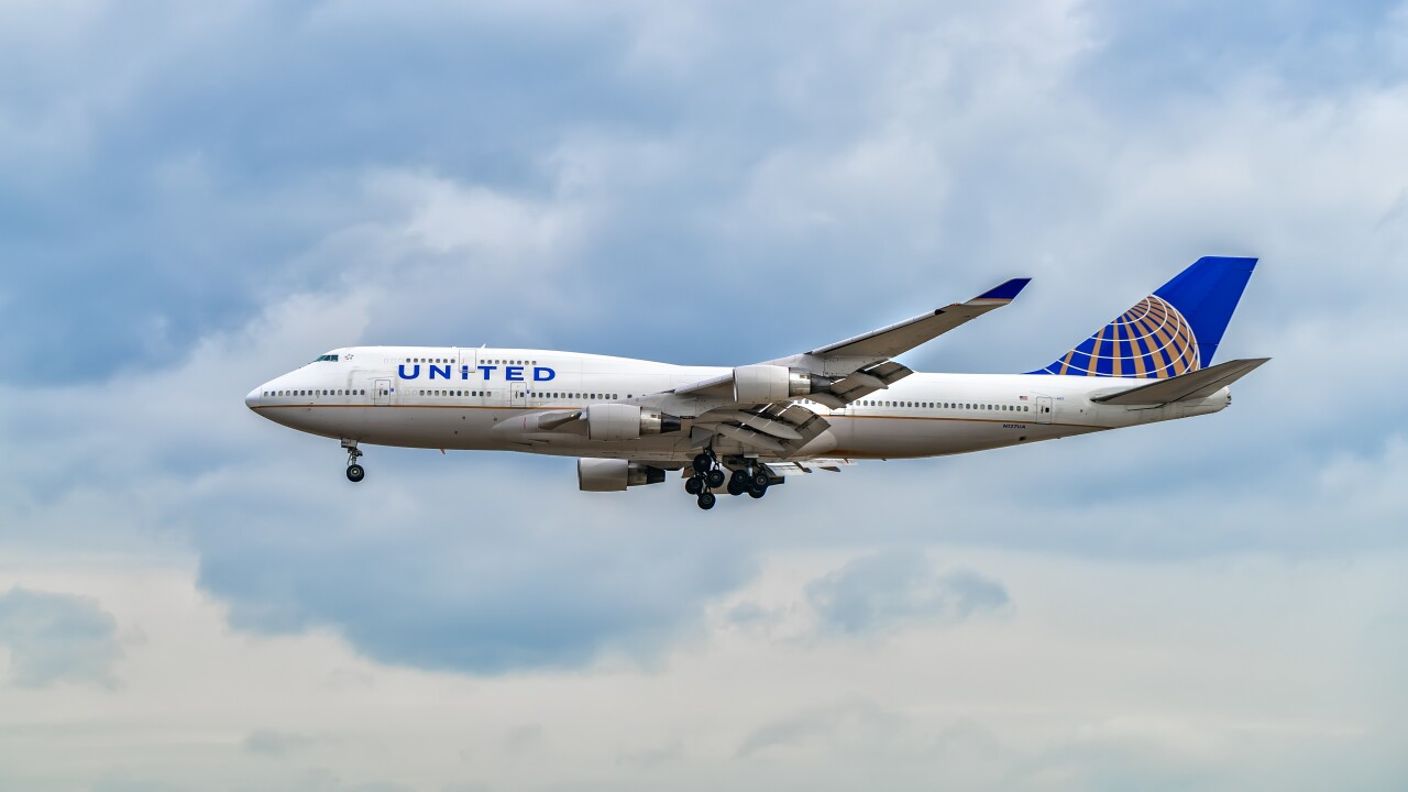 You're almost guaranteed a job as a pilot if you complete this new United Airlines program