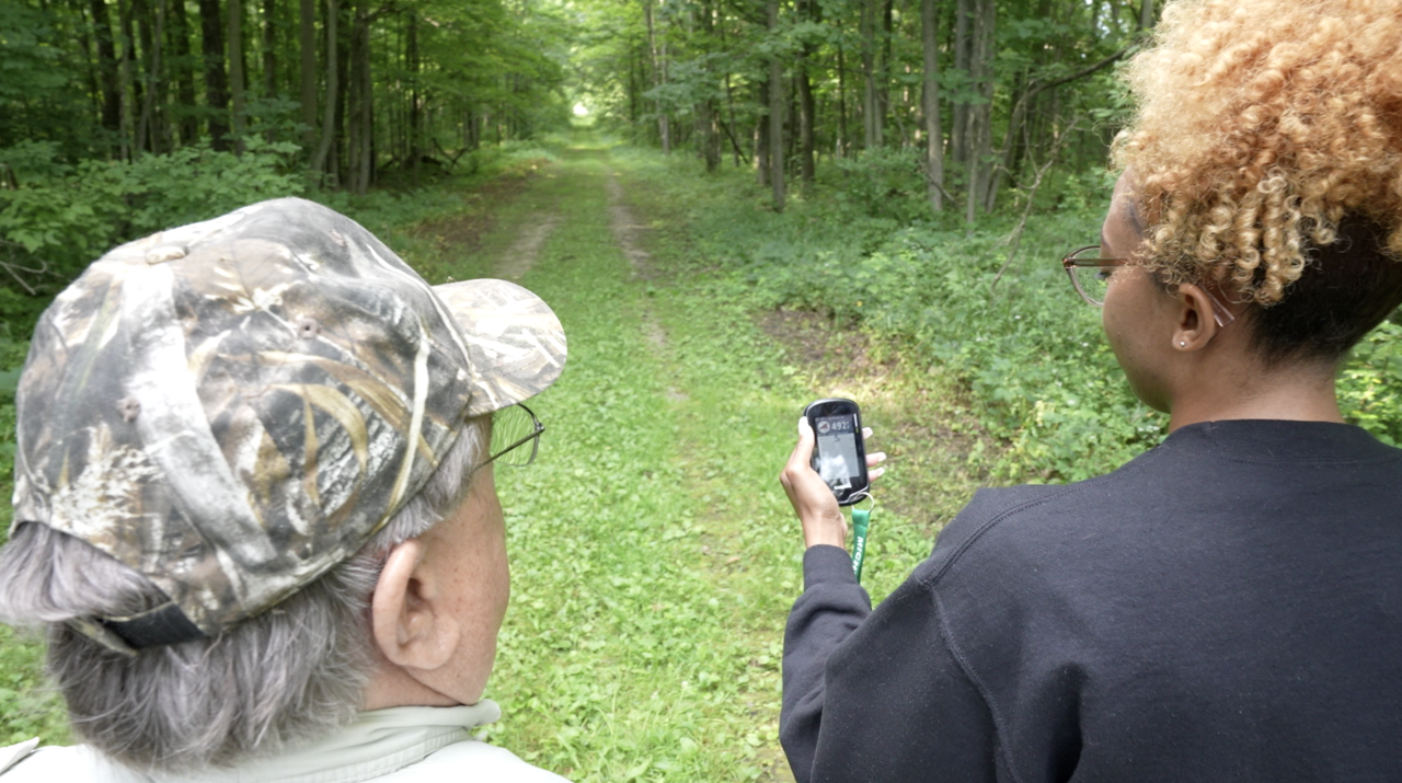 Using a GPS for Geocaching