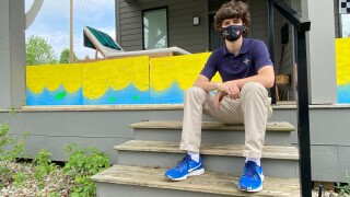 High Schooler transforms front porch for '500 Spectacle of Homes'
