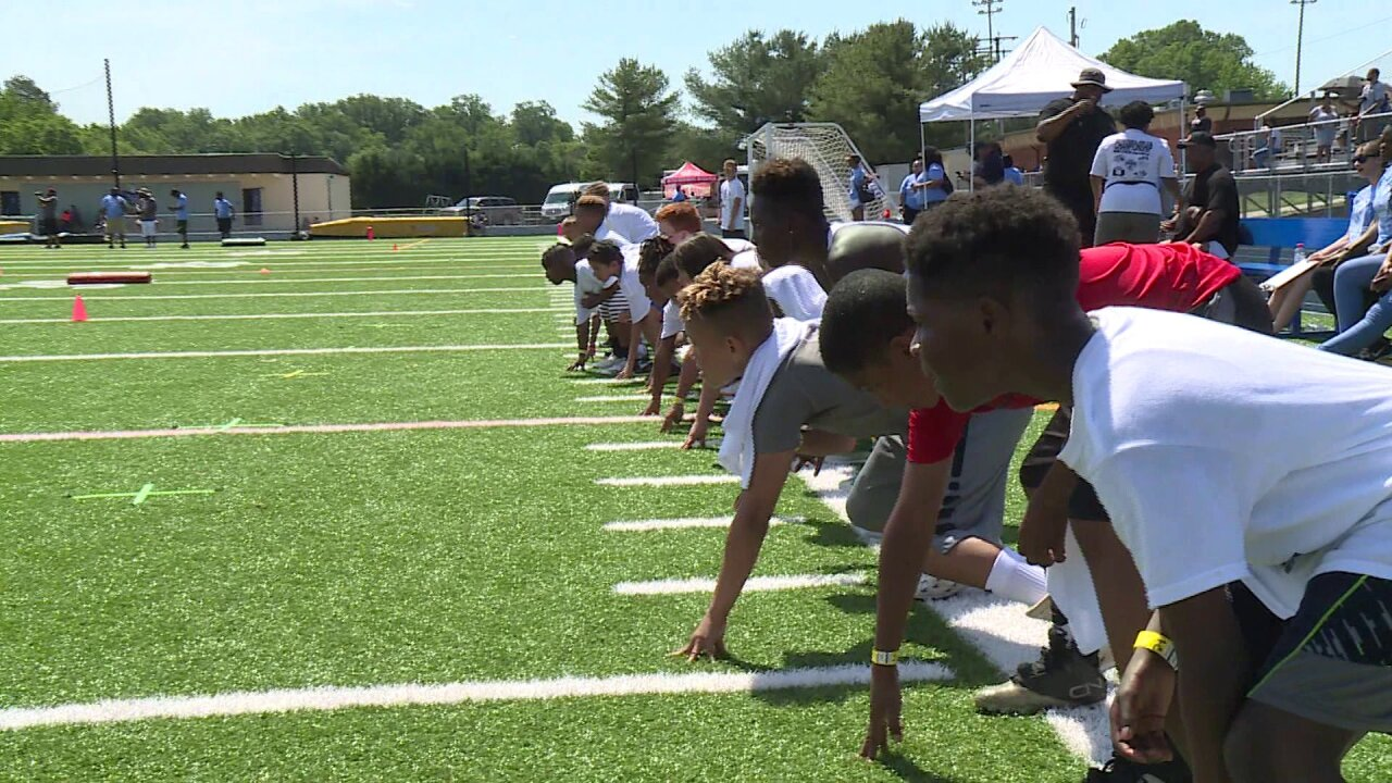 EMS crews will teach coaches about heat exhaustion during Michael Robinsoncamp