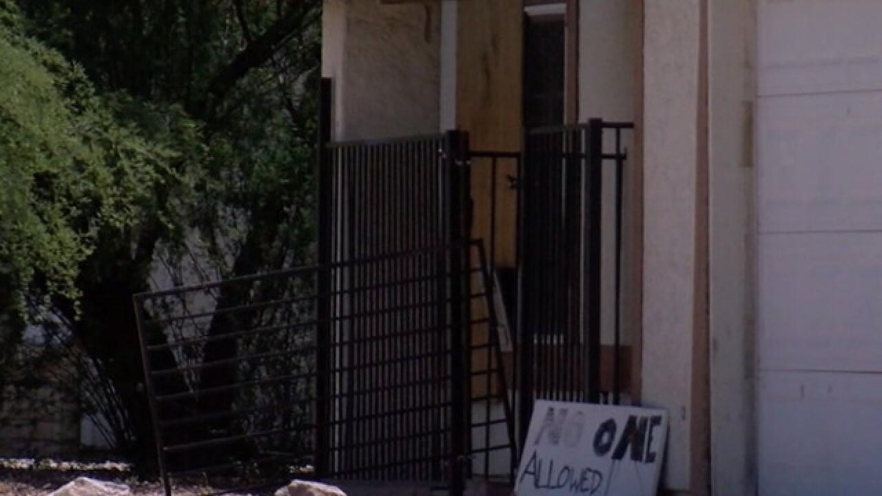 Neighborhood exposes 'drug house' by posting surveillance