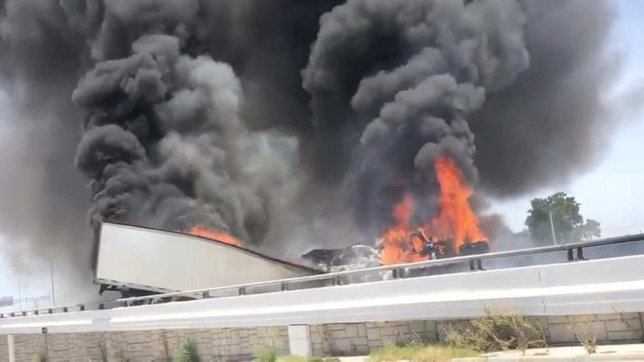 18-wheeler on fire causes major backup on I-35 in Temple