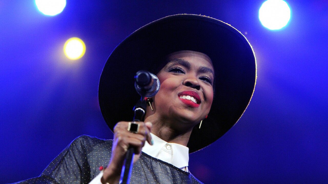 Lauryn Hill vows to 'make it up' to angry fans