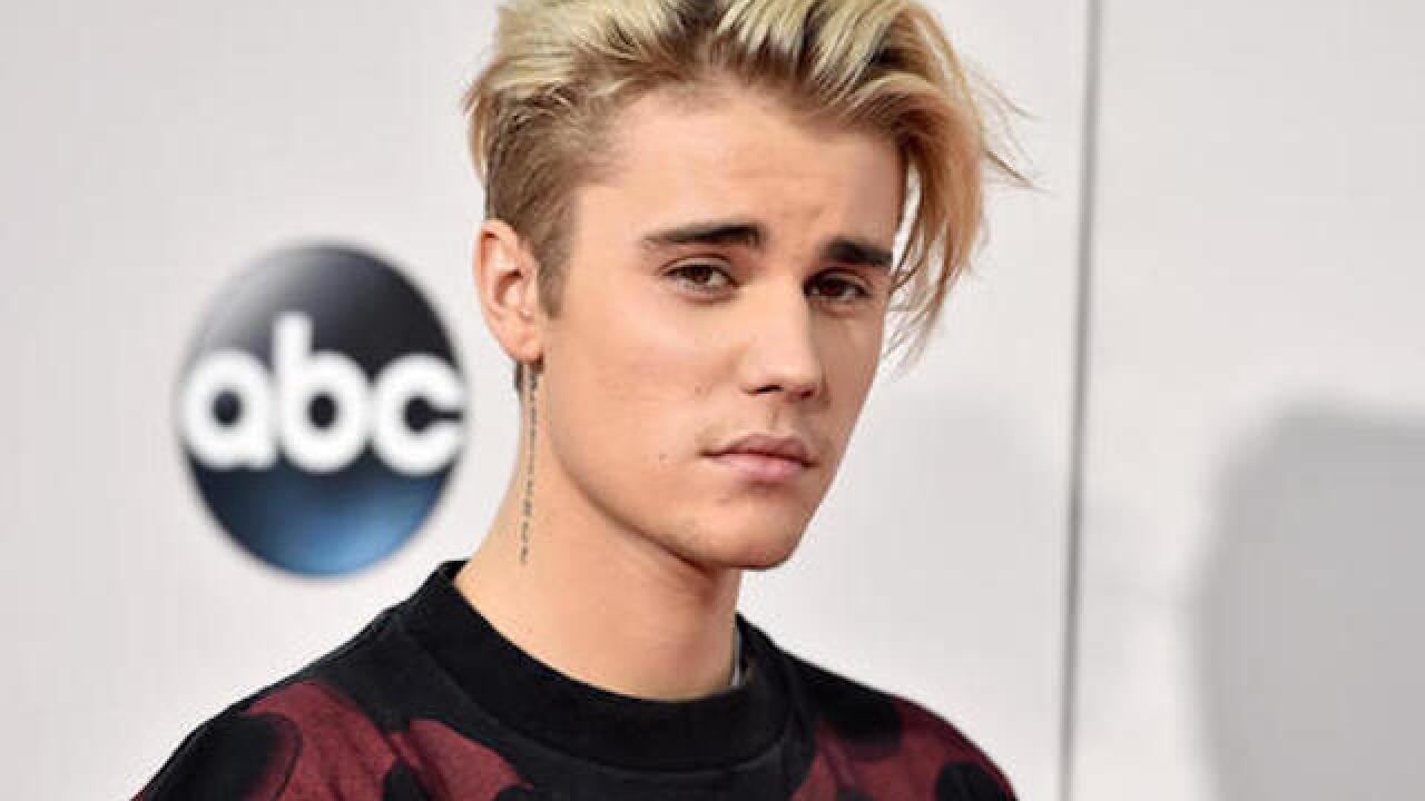 Selena Gomez fans thump Justin Bieber on Instagram