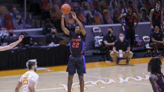 Florida Gators guard Tyree Appleby shoots at Tennessee Volunteers, March 7, 2021