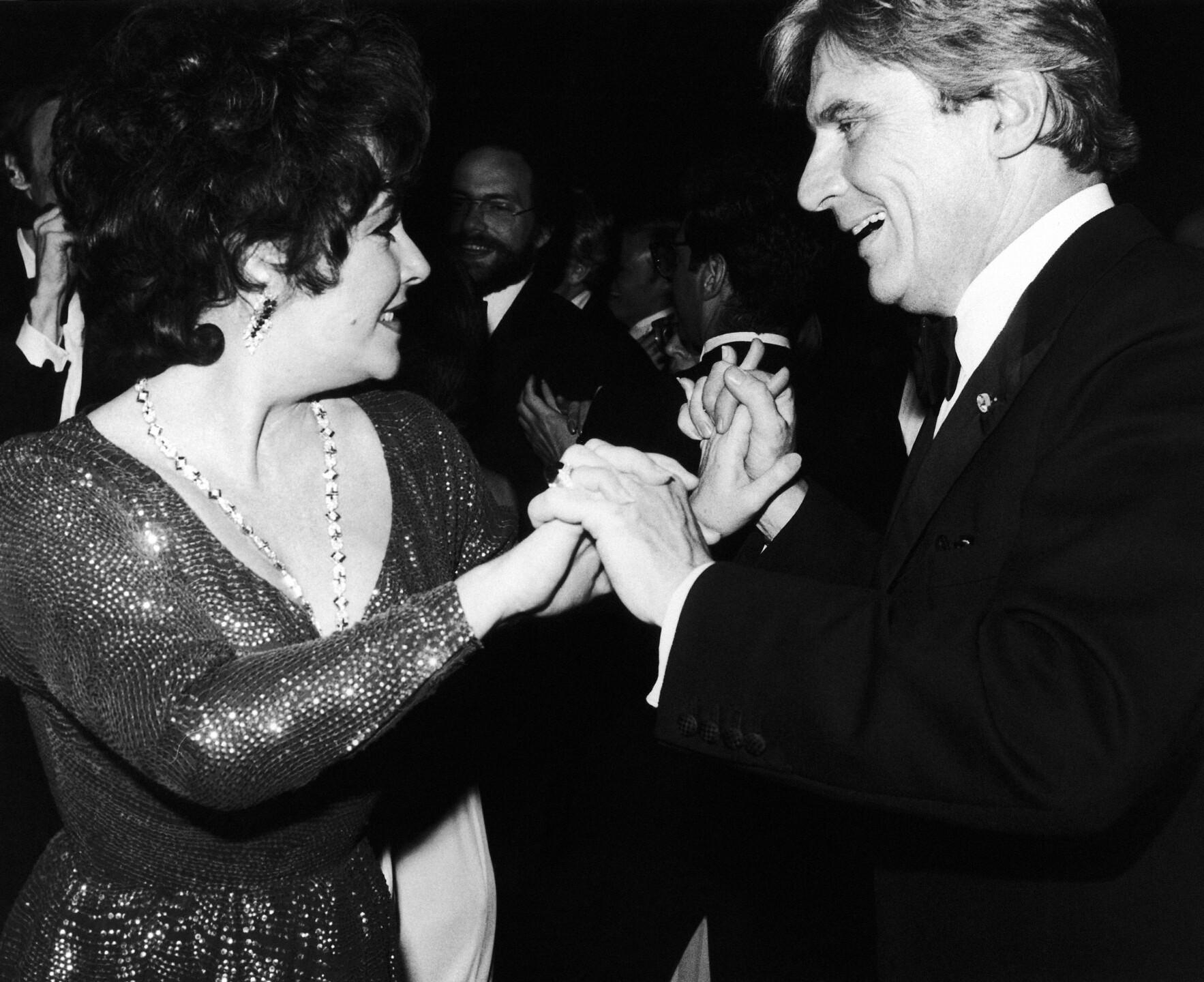 USA New York Elizabeth Taylor and John Warner