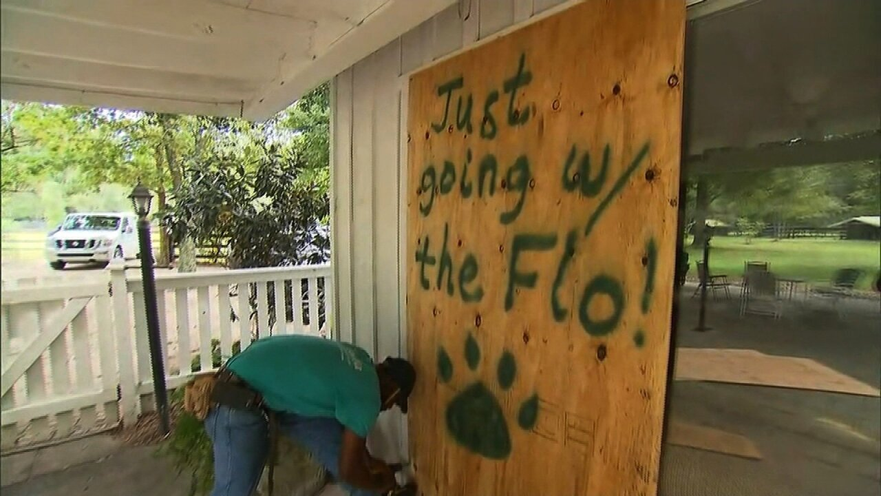 Hundreds of dogs and cats in South Carolina defy Florence's mandatory evacuation order