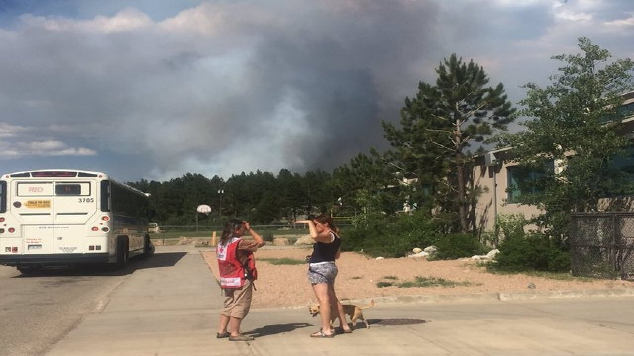 Cold Springs Fire forces dozens from homes