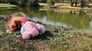 WCPO teddy bear flowers near fairfield pond.jpg