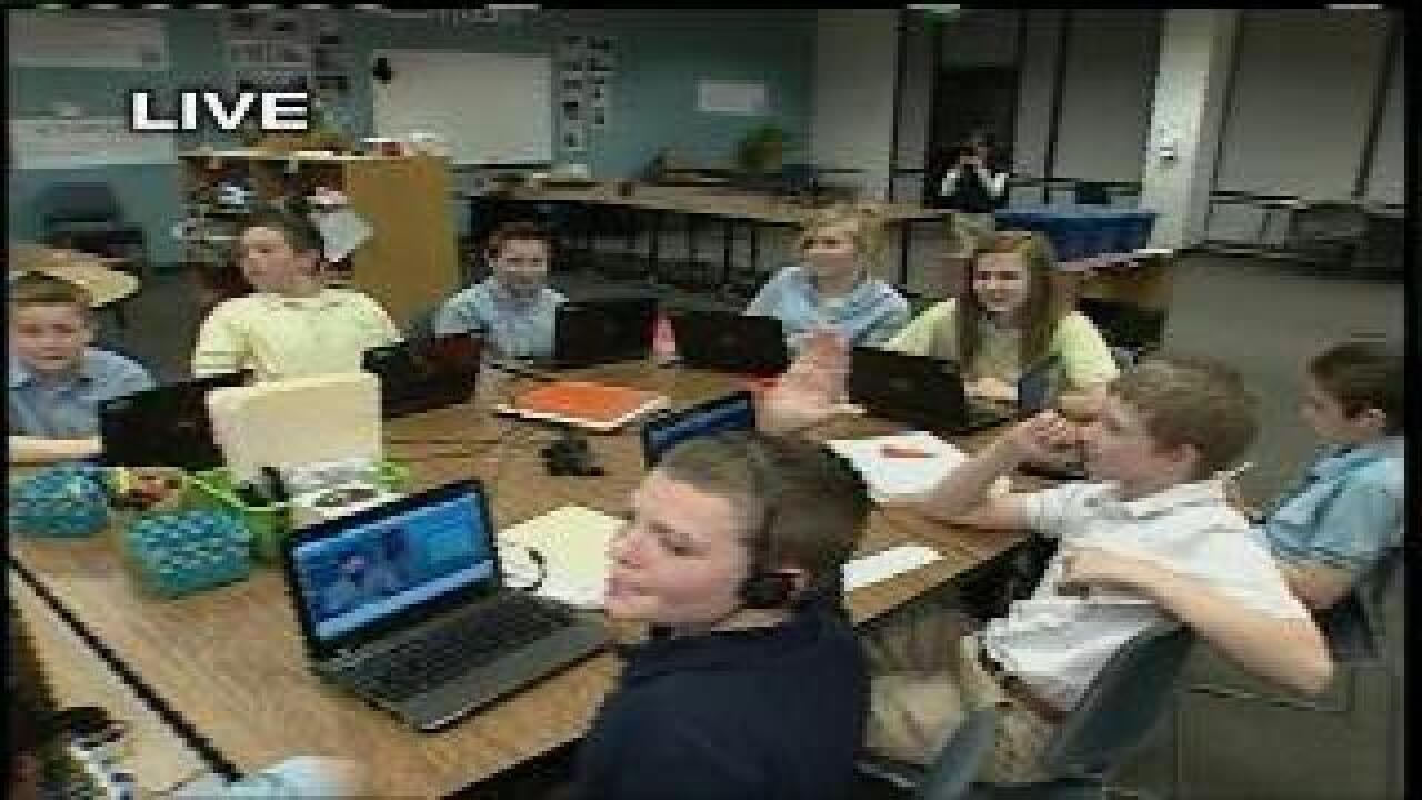 Students keep own pace with online learning curriculum
