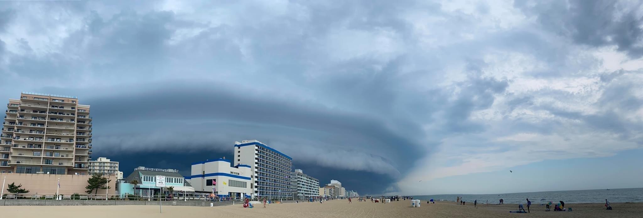 Virginia Beach Oceanfront (Shannon Barbarian).jpg
