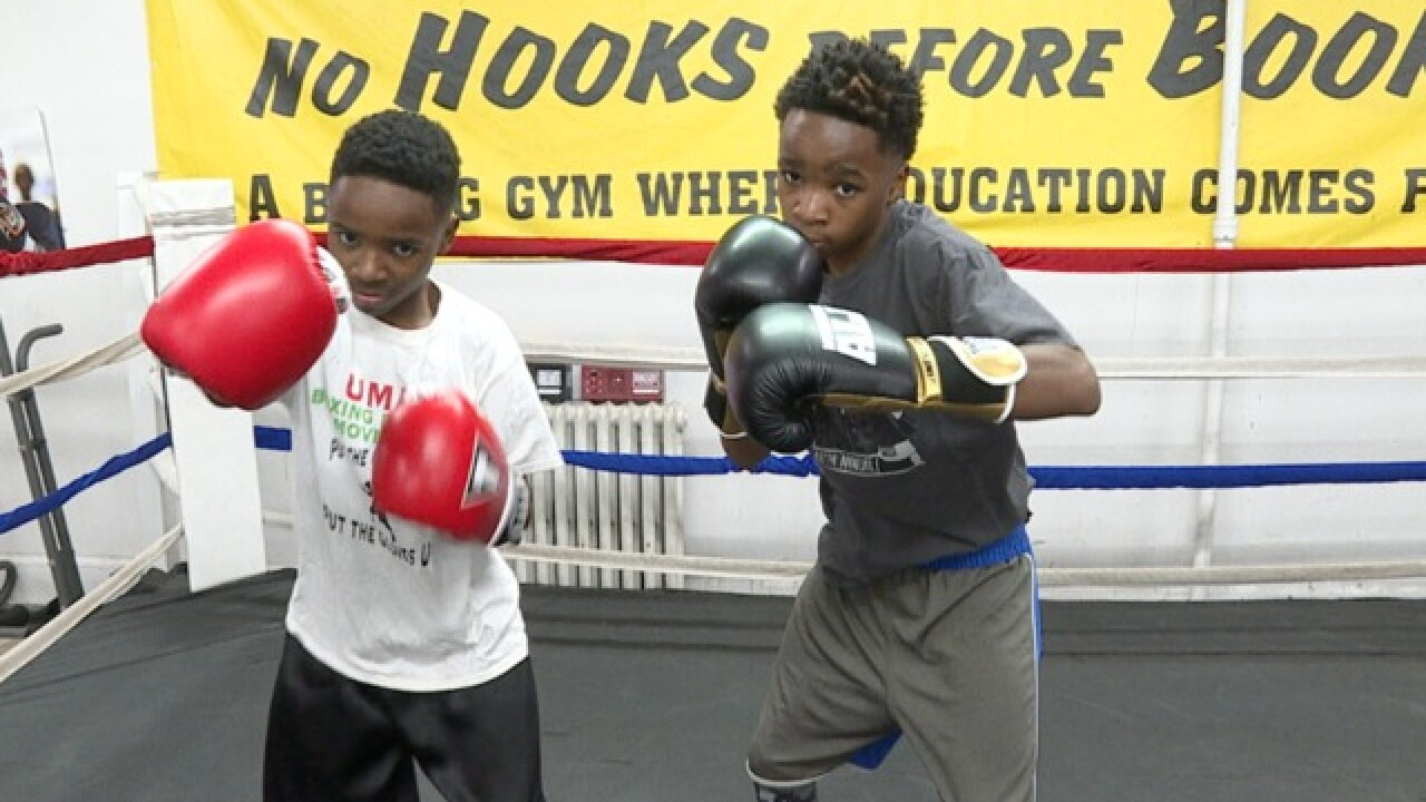 Baltimore boxing bros. fight for Silver Gloves