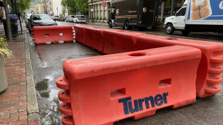 WCPO_barriers_outdoor_seating.jpg