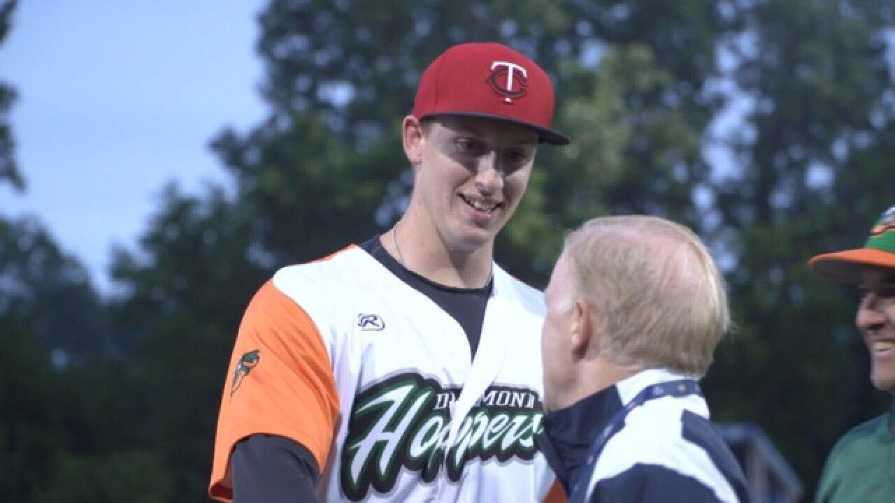 Gotta see it: Ex-Oakland U. pitcher Tyler Palm gets Twins contract during USPBL game in Utica