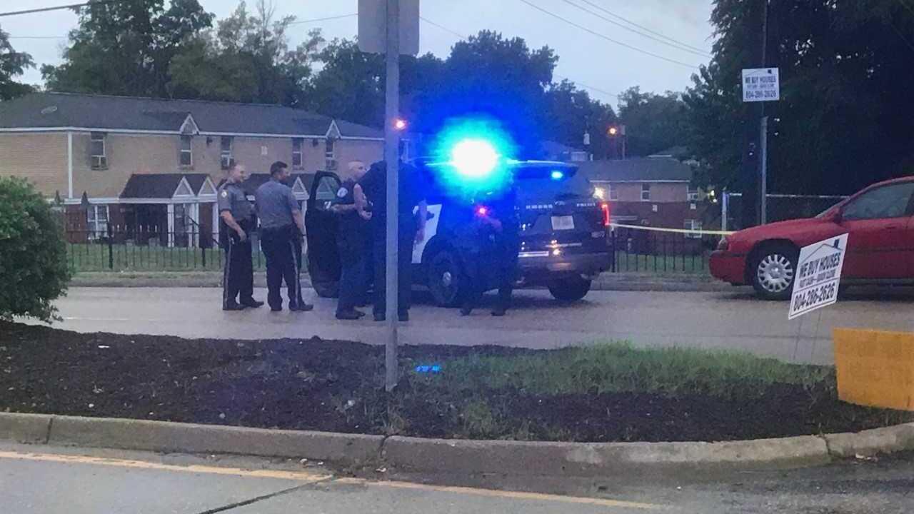Man found shot on sidewalk in Richmond's EastEnd