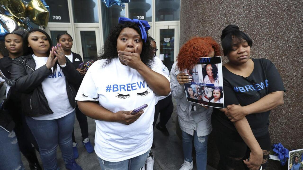 Police officer involved in Breonna Taylor shooting fired