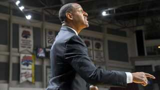 Montana Grizzlies' Travis DeCuire drawing interest for open coaching jobs
