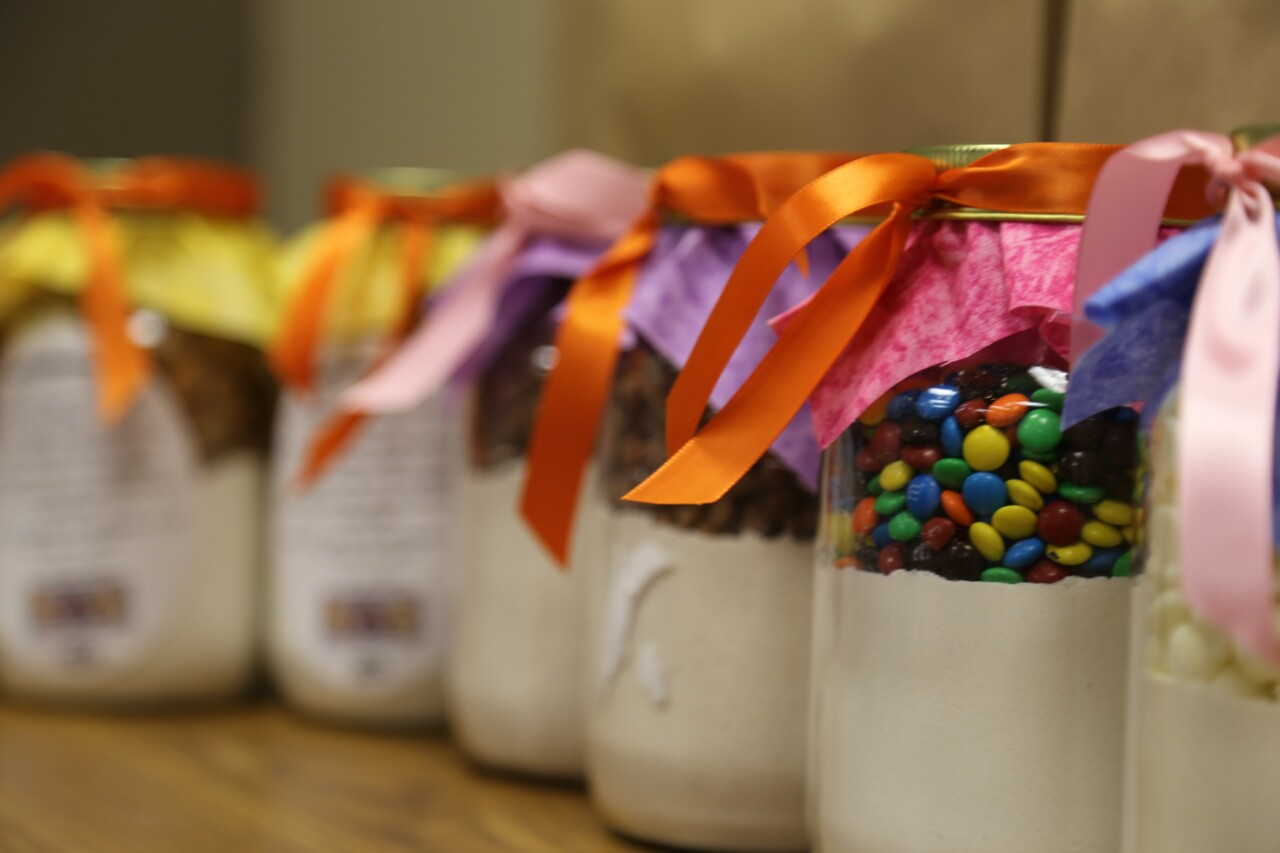 Kenosha Awesome Cookies jars
