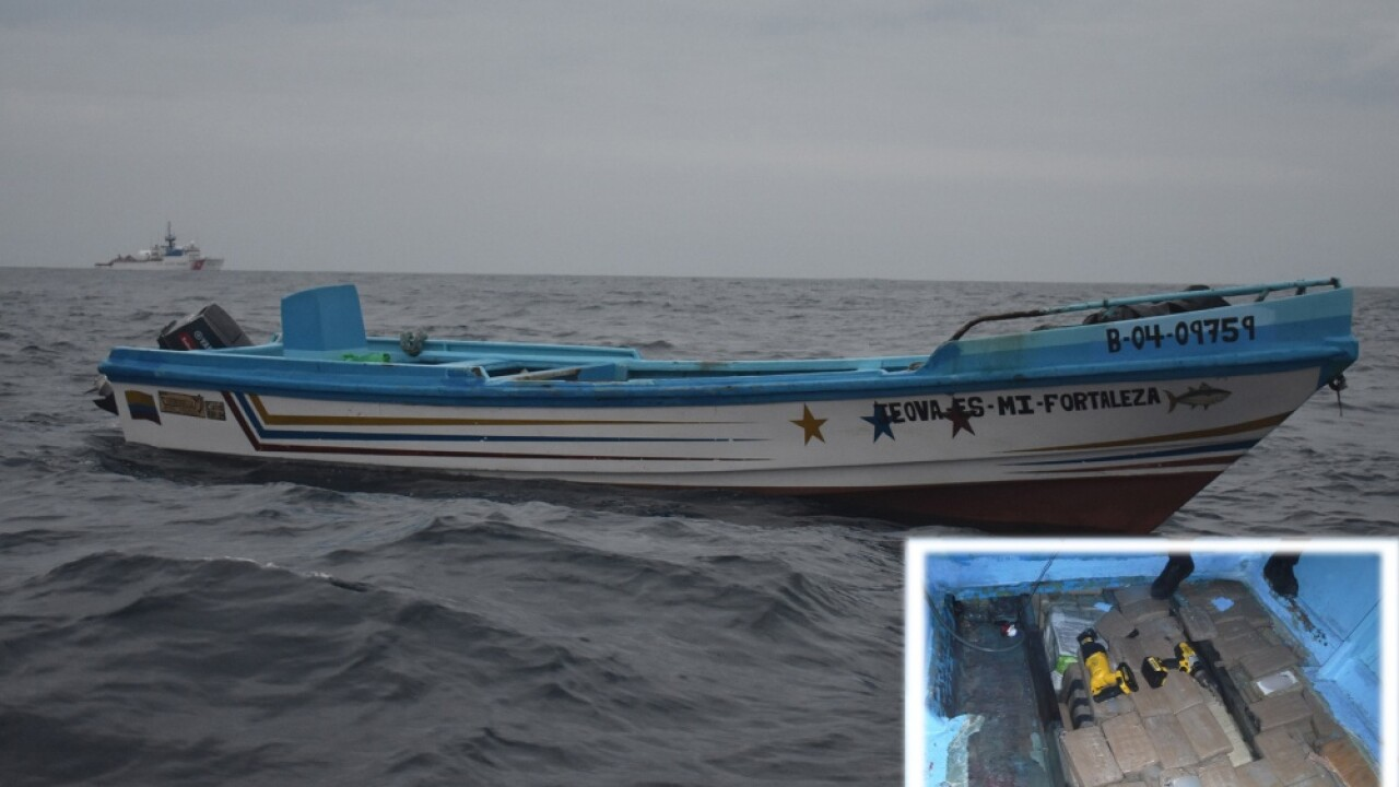 Cocaine seized at sea off Mexico.jpg