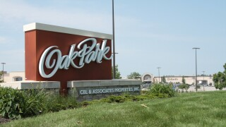 Stock_Oak_Park_Mall