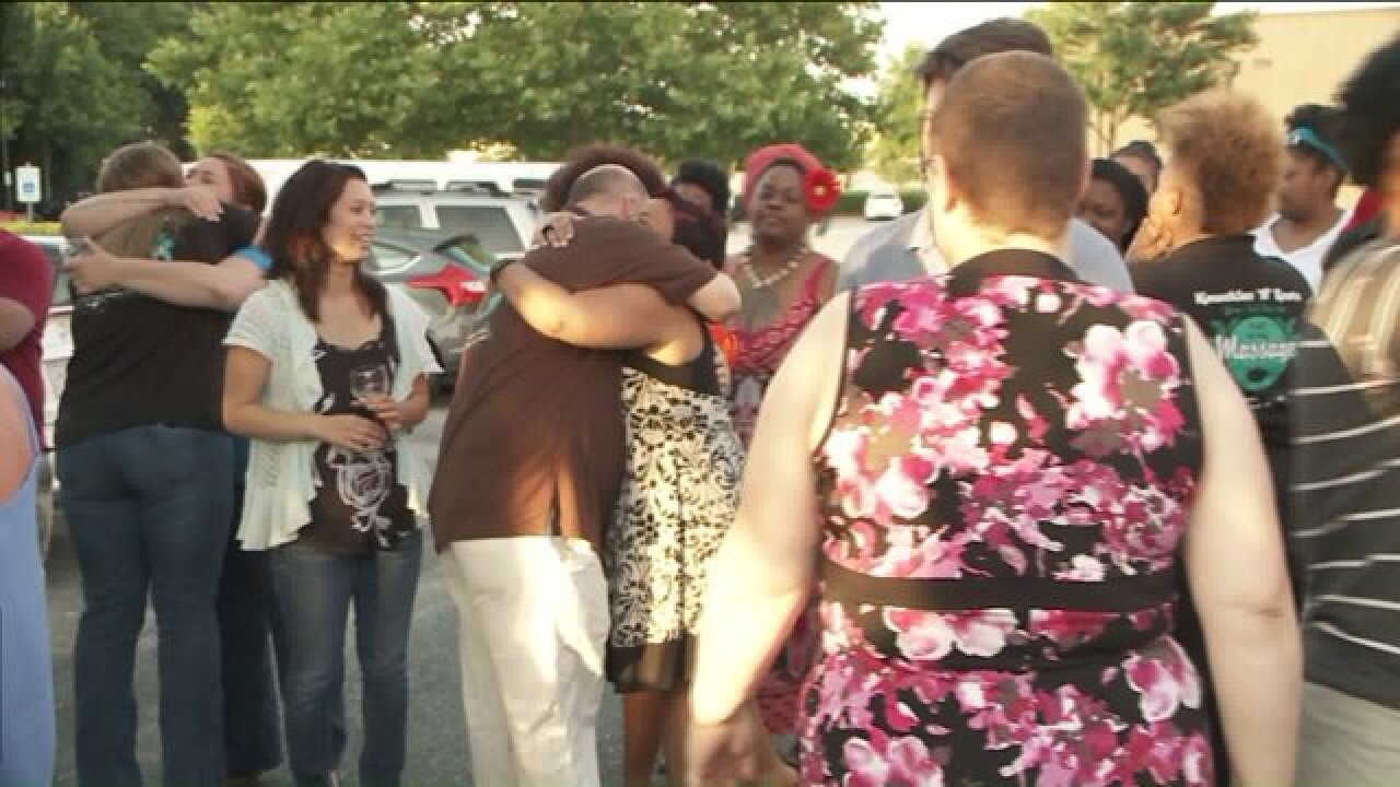 Co-workers, friends celebrate Brianna Armstrong's life at candlelightvigil