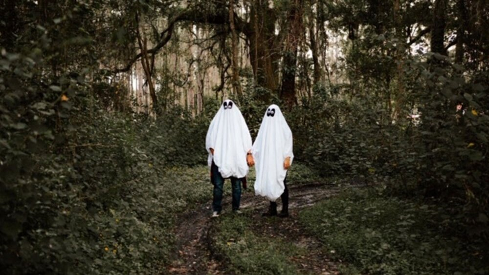Creative-Halloween-Photoshoot-Courtesy-Jennifer-Alyssa-Photography-2.jpg