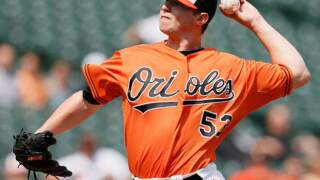 O's agree to trade closer Britton to rival Yankees