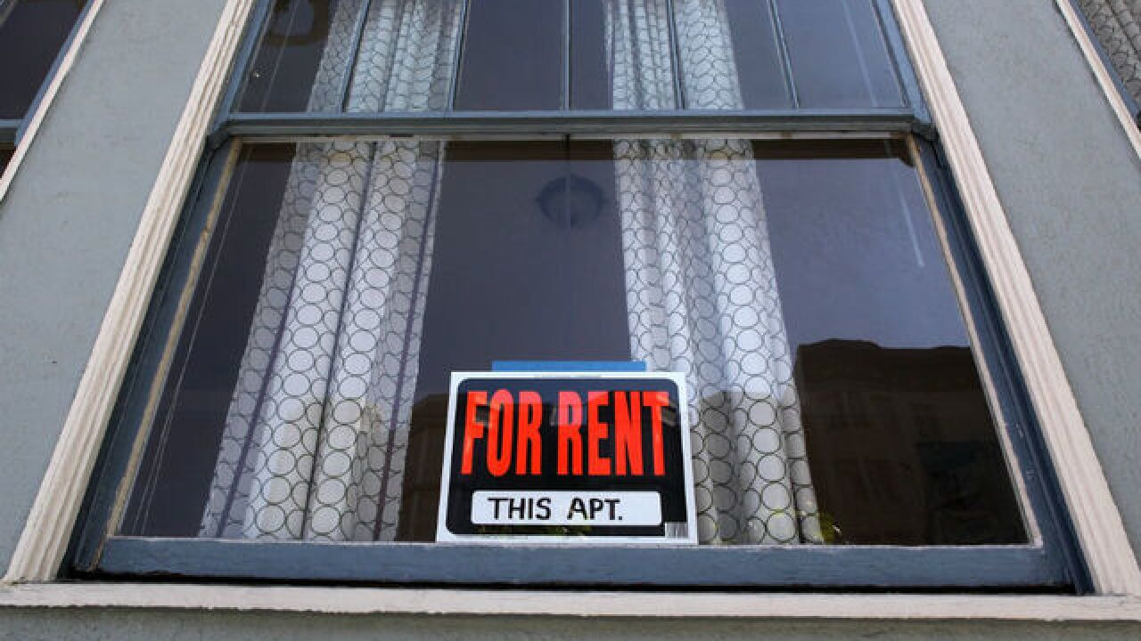 U.S rent holds steady for first time since 2012