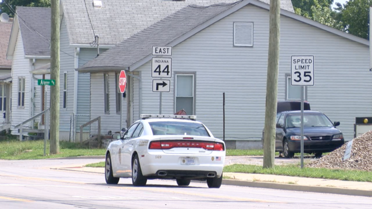 Police: Man tries to kidnap child in Shelbyville