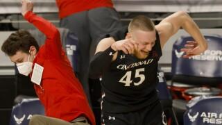 Cincinnati Wichita State Basketball