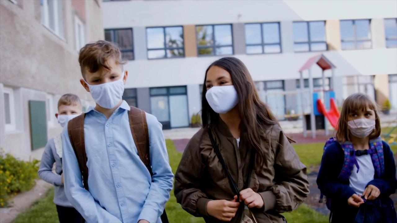 school masks.png