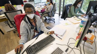 Tracking coronavirus cases proves difficult amid new surge