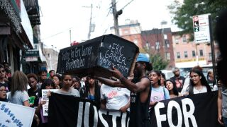 NYPD chief to announce decision on officer accused of choking Eric Garner