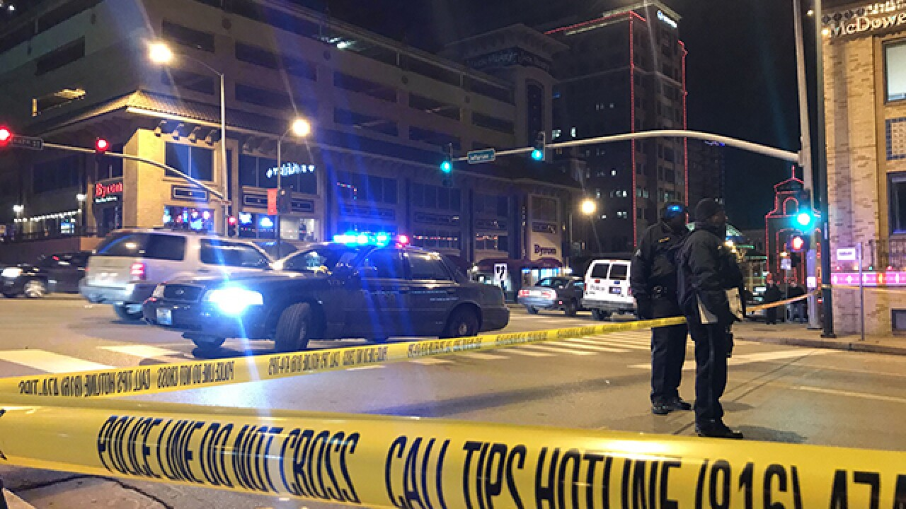 Police: Plaza shooting victim, suspect didn't know each other