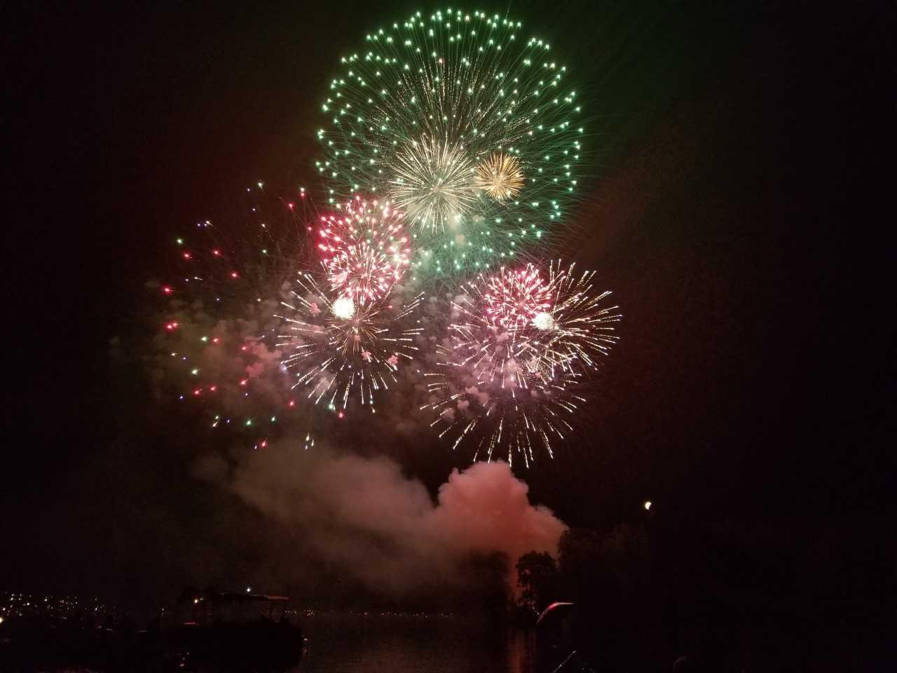 Portage Lakes Fireworks.jpeg