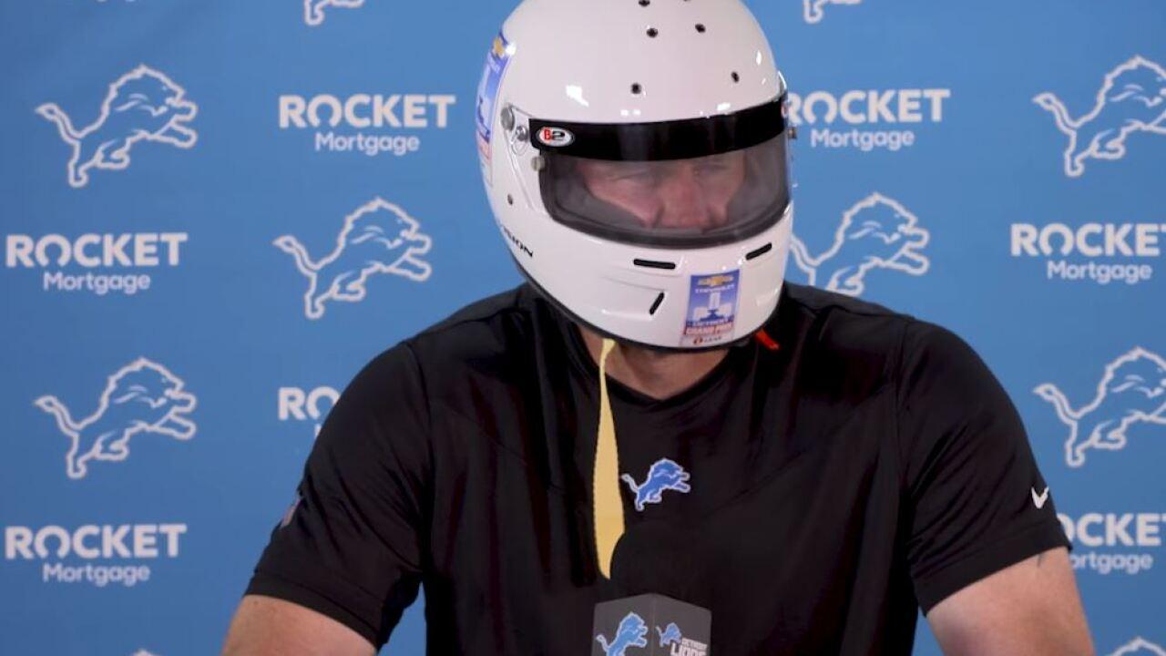 Dan Campbell helmet
