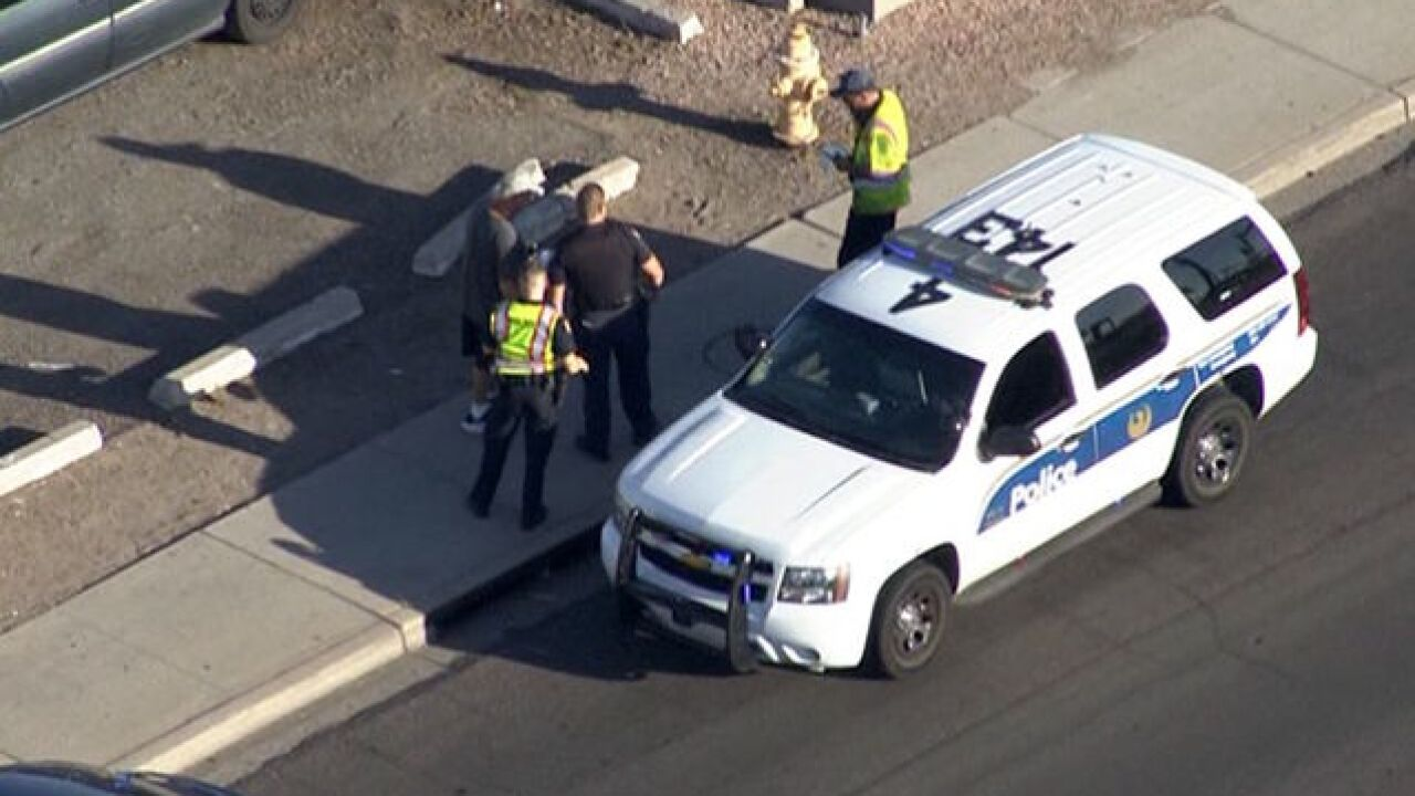 Phoenix officer involved in crash near 19th Avenue/Hatcher, police say