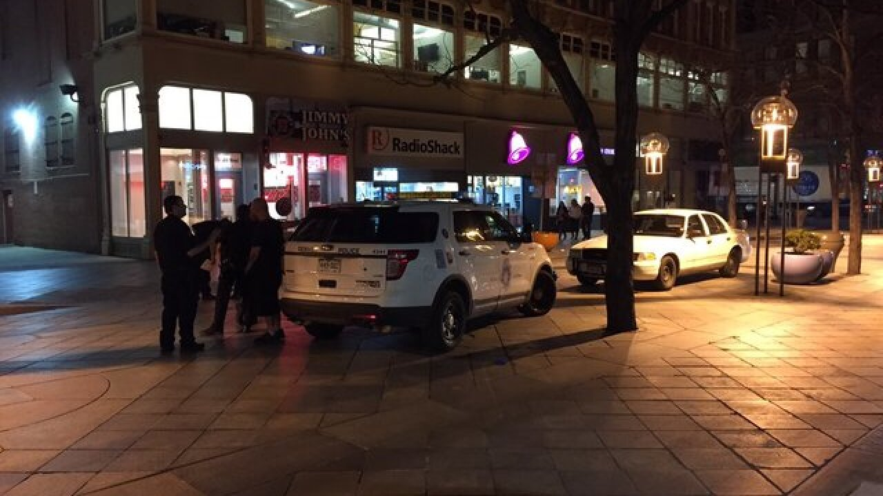 Police investigate stabbing on 16th Street Mall