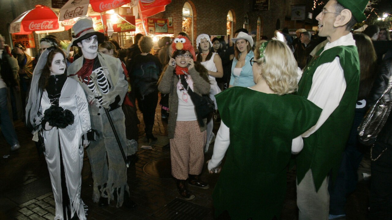 Salem officials announce stricter guidelines ahead of Halloween weekend amid pandemic