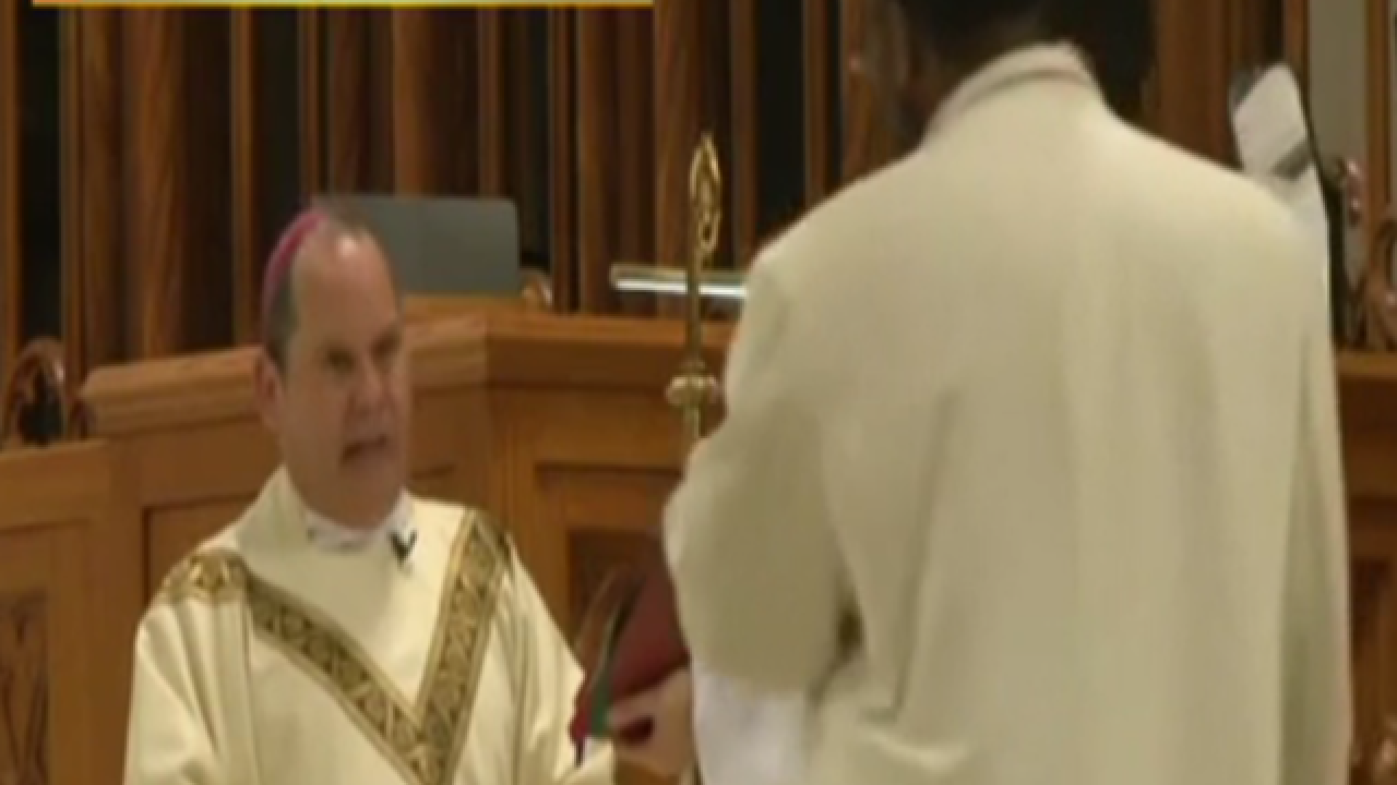 Bishop attack during Mass caught on video