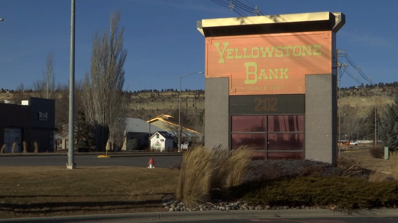 011221 YELLOWSTONE BANK SIGN.jpg