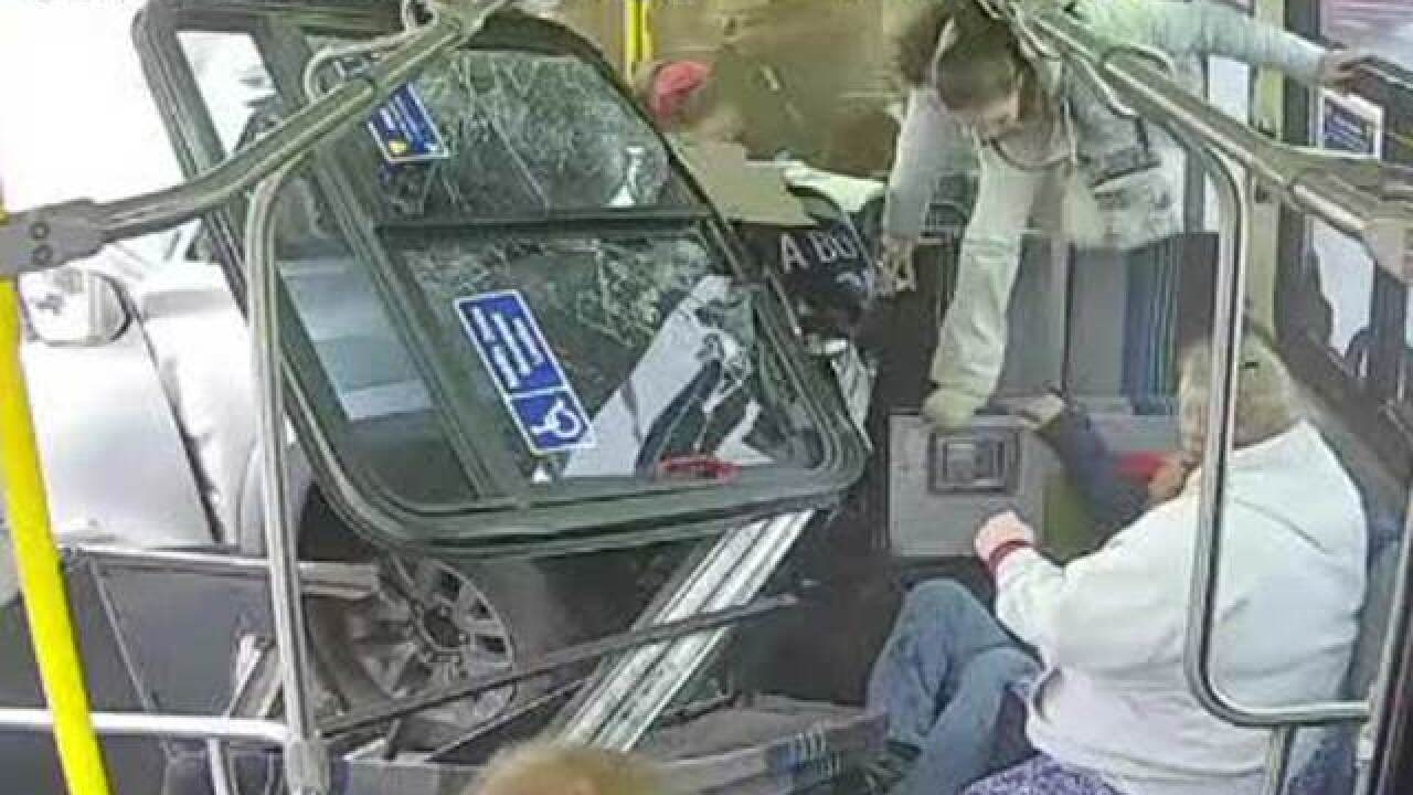 Stunning video show truck smash into public bus