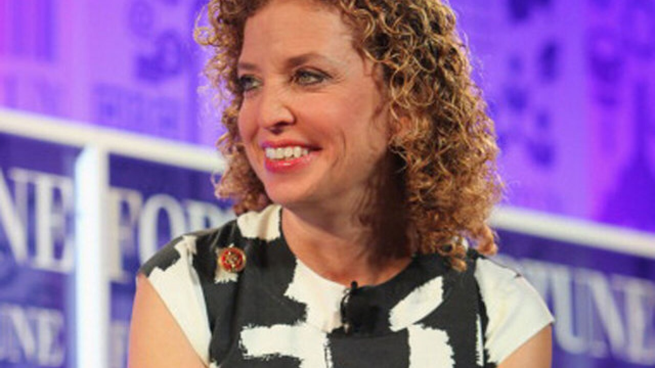 Police investigate suspicious packages at offices of Congresswoman Debbie Wasserman Schultz