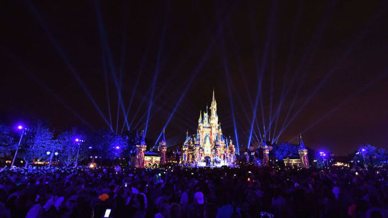 Disney embraces $15 minimum wage in negotiations with workers