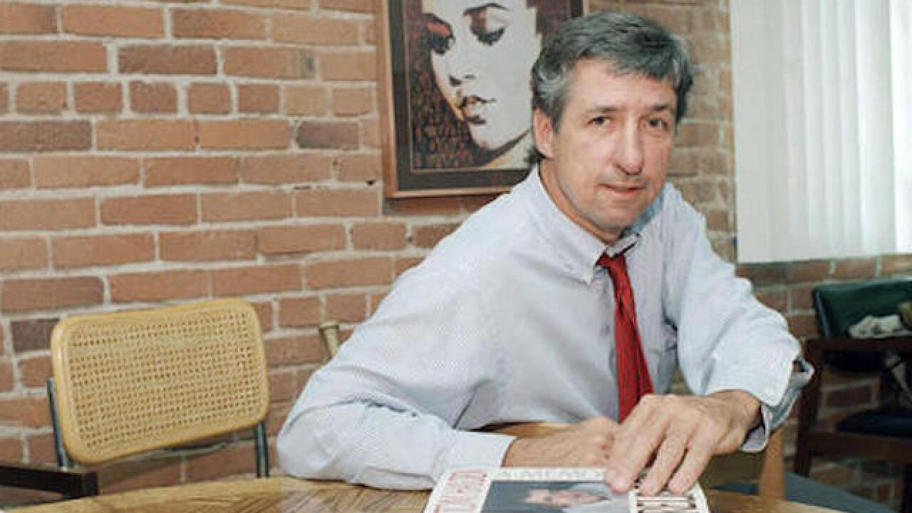 Tom Hayden, famed 1960s anti-war activist, dies at 76