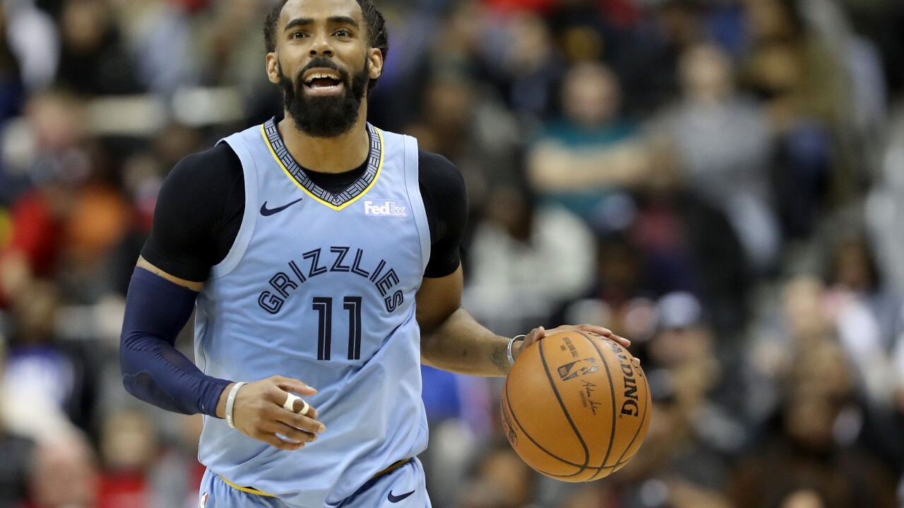 Utah Jazz to acquire Memphis Grizzlies point guard Mike Conley, give up three players and draft picks