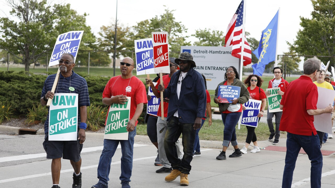 Sen. Bernie Sanders Joins UAW Picket Line In Detroit