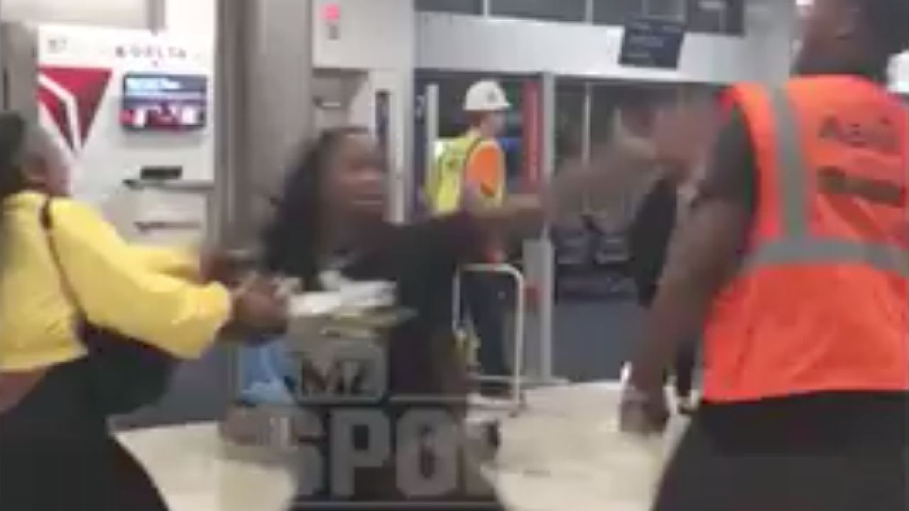 Former Bengal Adam 'Pacman' Jones punches out attacker at Atlanta airport